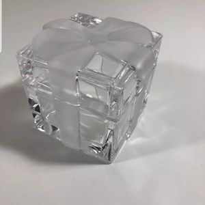 TIFFANY CRYSTAL CANY/TRINKET BOX